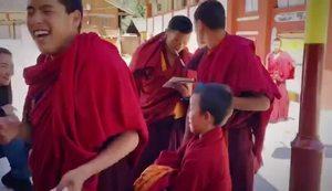 【康藏直击】补课小萌孩与严厉的藏文老师