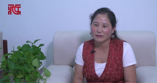 华毛加:藏语言的标准用语