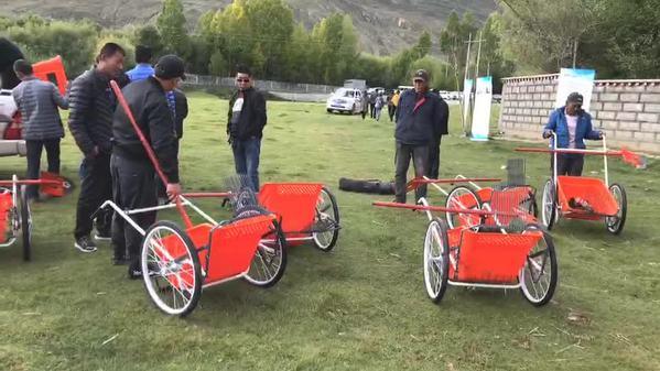 回放|湖北、北京建藏援藏工作者协会向山南市捐赠高原捡拾车
