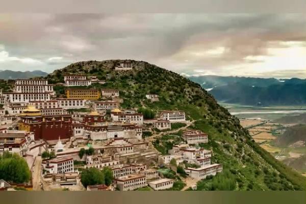 """【珊瑚宝串】西藏建筑艺术审美系列(三):浑然天成的""""随缘""""跃动之美"""