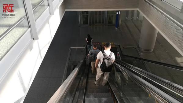 【Vlog@智霖|脱贫攻坚第一线】一起去四川党建期刊集团,了解更多脱贫攻坚情况