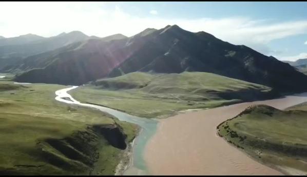 航拍长江源:广纳百川,方成大江大河