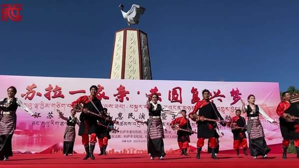 西藏拉萨惠民演出上演