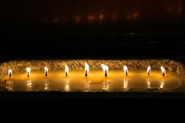 班禅朝拜大昭寺并在拉萨开展社会活动