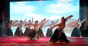 知名企业助学藏族孤儿在京免费读书