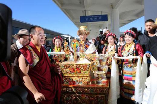 班禅坐床20周年 荣任扎什伦布寺管委会名誉主任