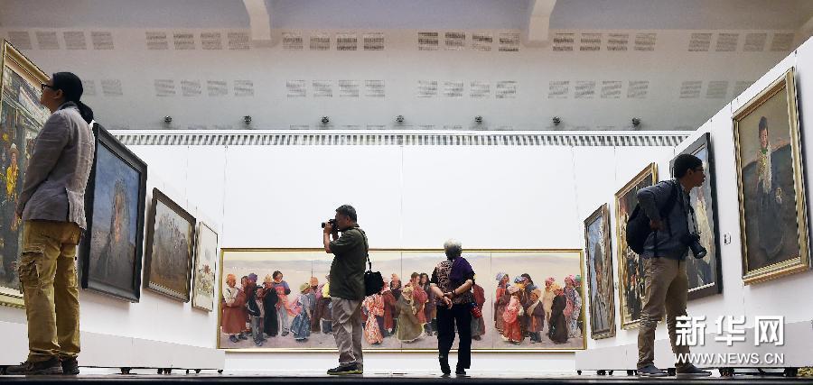 (文化)(2)庆祝西藏自治区成立50周年美术作品展在京开幕
