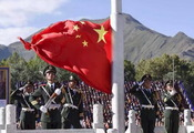 """西藏庆祝""""五十""""华诞 普通百姓在干啥?"""