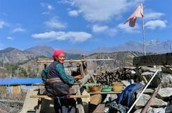 90 pct of counties access asphalt roads in Tibet