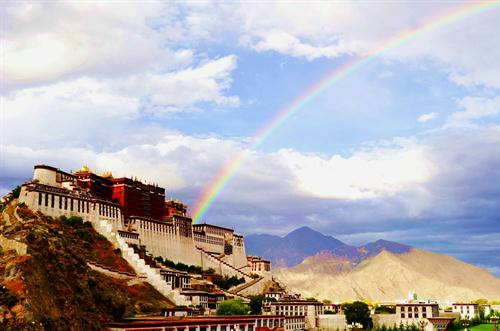 Tibet to build accessible tourist areas