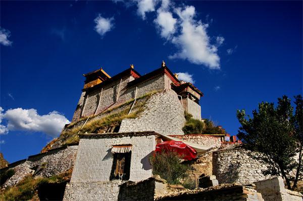 Yumbu Lhakhang Palace