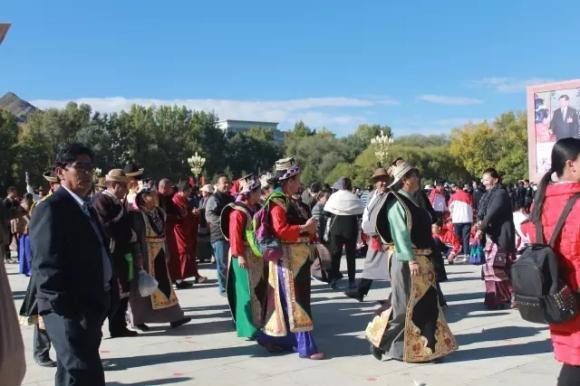 palast über tibet