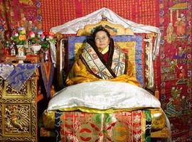 中国唯一女活佛的前世今生