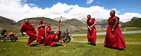 西藏僧侣生活
