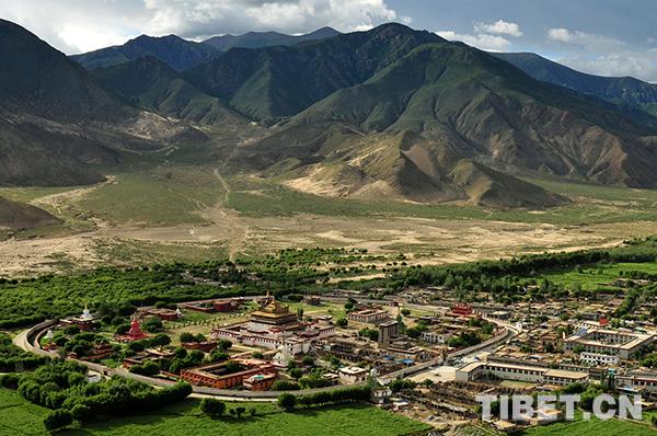 Two Tibetan villages chosen as China's most unique villages