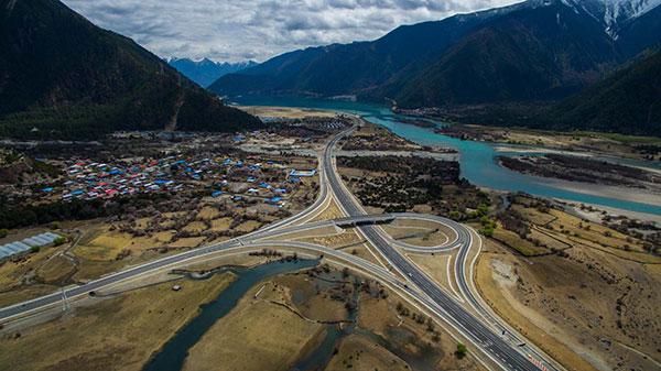 西藏实施省道网规划 计划建林芝至拉萨等8条快速路