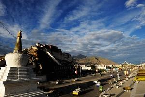 西藏着力打造区域旅游协调发展大格局
