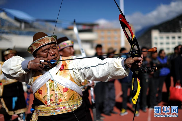 2016 Tibet outdoor whistling arrow competition held in Nyingchi