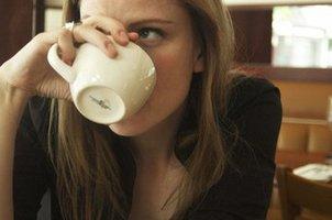喝咖啡提神?你只是在欺骗自己的身体