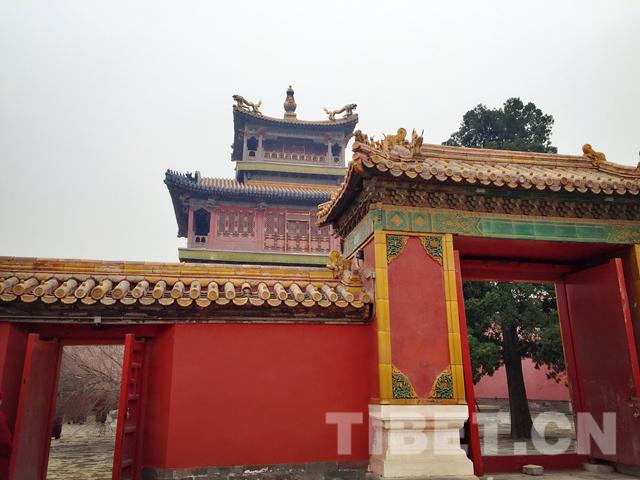 Tibetische Mönche sehen sich verbotene Stadt an II
