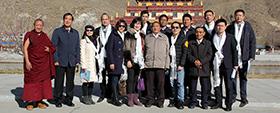 中国西藏文化保护与发展协会海外理事走进西藏佛学院