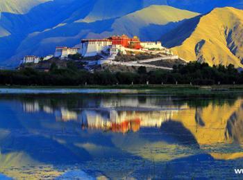 """西藏自治区首届""""美丽西藏""""林业摄影展开展"""
