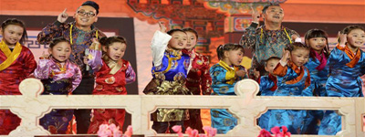 Actors record video for Tibetan New Year Web Gala in Lhasa