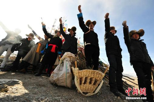 Prayer flag changing ceremony held during Losar