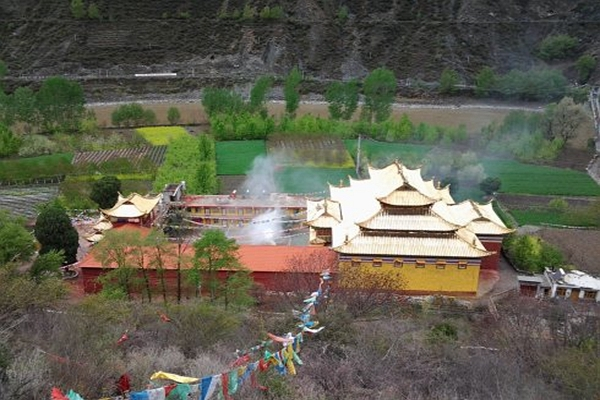 Derge Monastery & Jinchuan Yungdrung Temple