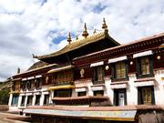 """西藏信众迎来一年一度""""色拉崩坚"""""""