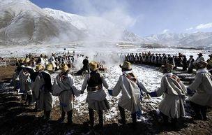 启耕日:西藏堆龙河畔的守望与嬗变