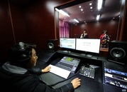 总投资40余万元 嘉黎县援藏录音棚记录最美声音