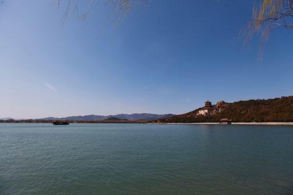 """风象丨在颐和园后边儿找野湖,却发现 """"桑耶寺"""""""