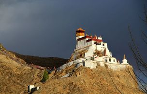 9 days central Tibet tour with premium cultural destinations