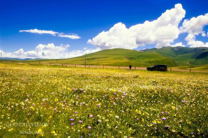 拉龙措湖与阿察草原 白玉县最美的风景