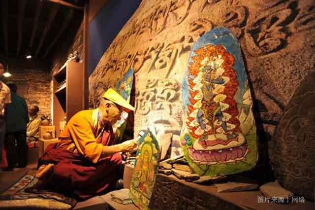 格萨尔石刻 甘孜彩绘 藏式木雕
