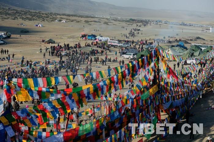 Doppel-Buddhamonate in Tibet