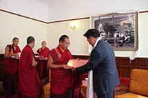 十一世班禅额尔德尼抵藏考察调研