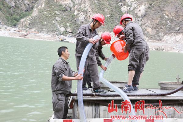 Zangmu Hydropower Station conducts rare fish population stimulation activities