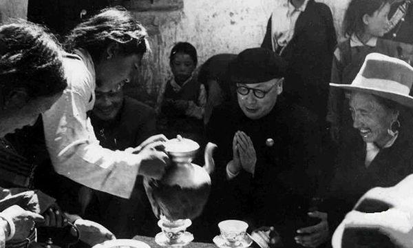 """卸下""""戰袍"""" 陳毅如何""""統戰""""西藏"""