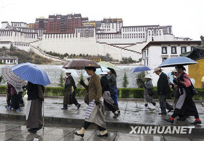 Beware of getting sick during Tibet's rainy season