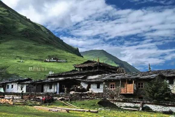 Tibet: Gesetzgebung zum Schutz der alten Dörfer in Lhasa 1