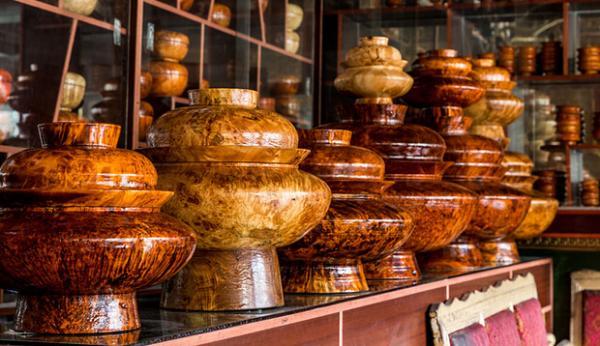 Gyaca wooden bowls