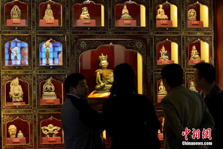 叶星生民间珍藏捐赠馆拉萨开馆 2300件藏品亮相