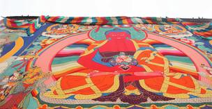 Buddha-Präsentationen im Kloster Trashilhünpo