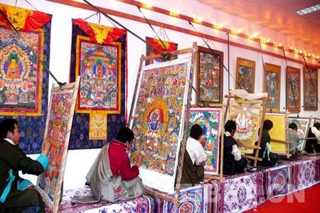 """First """"Tibet Statue Art Fair"""" opens"""