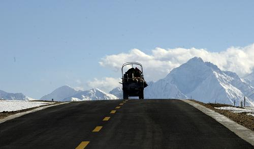 """Tibet to establish """"China-South Asia Standards Research Center"""""""