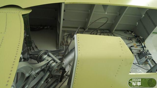 国产大型灭火/水上救援水陆两栖飞机ag600在珠海中航
