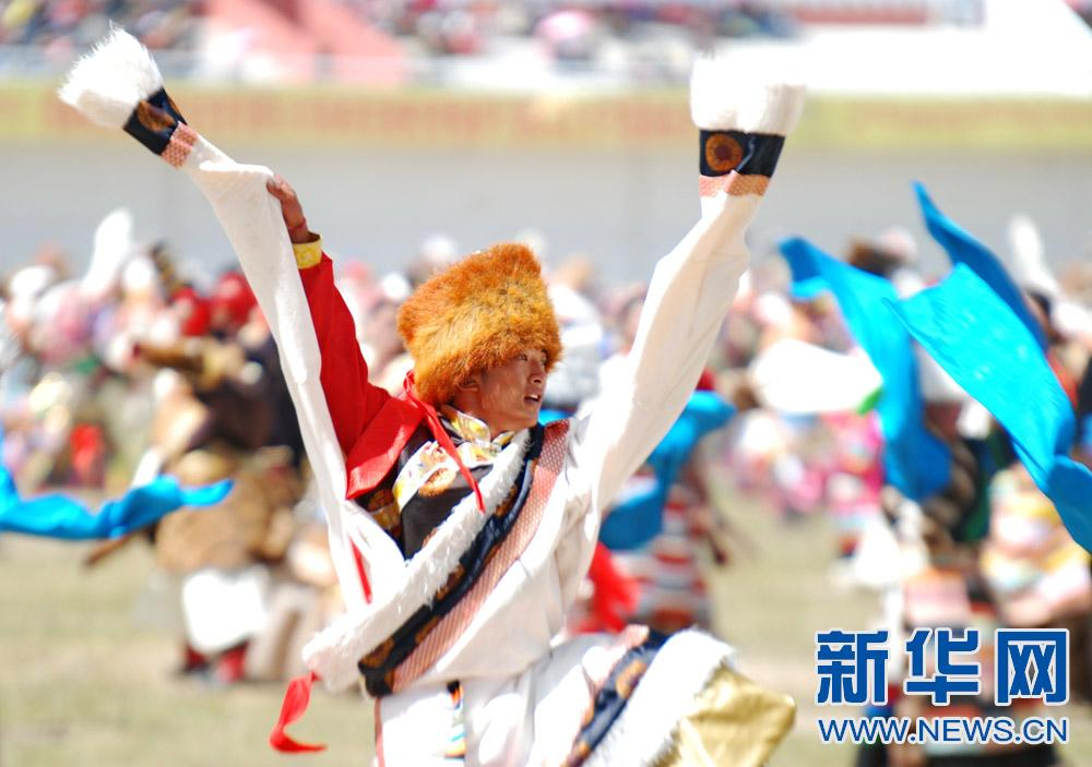 Horseracing and Hada pickup:Tibet Changtang Horse Racing Festival