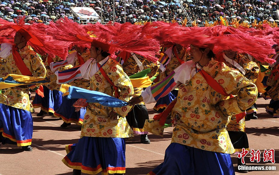 Mt. Qomolangma Cultural Tourism Festival to open at end of Aug.